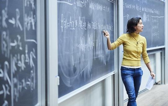 Verdensførende matematikere åbner nyt center, der skal løse gåder på grænsen mellem geometri og topologi