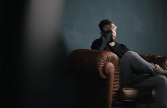 Svært at vende tilbage til job efter hjernerystelse