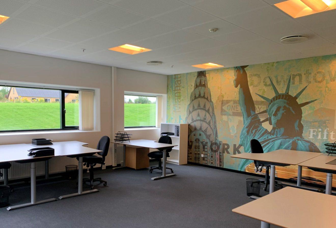 Fælleskontor med 6 studiepladser